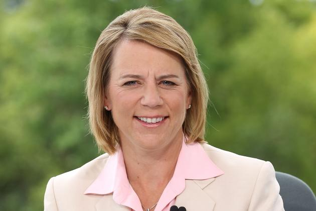 Sorenstam Cuts off Part of Finger While Cooking