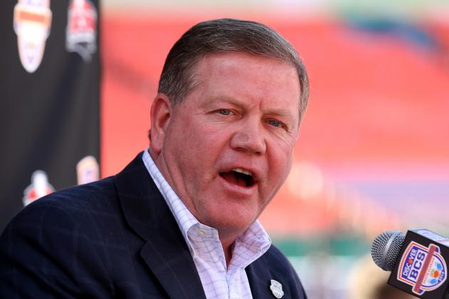 Brian Kelly Interviews for Philadelphia Eagles' Coaching Vacancy
