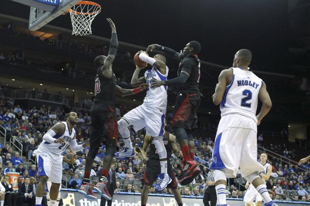 Defense Carries Louisville to Win over Seton Hall