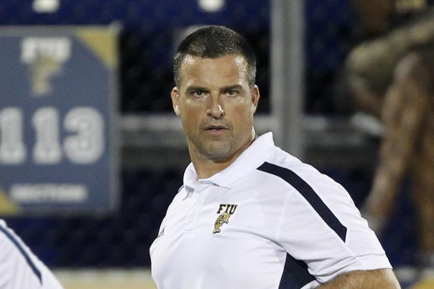 AP Source: Cristobal Returning to Miami
