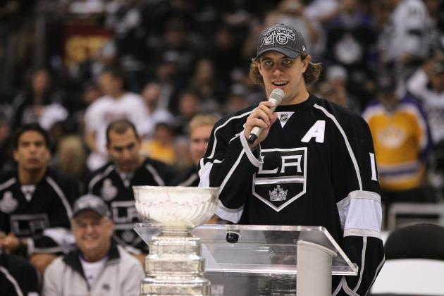 Kopitar's Knee Injury Should Only Sideline Him 2-3 Weeks