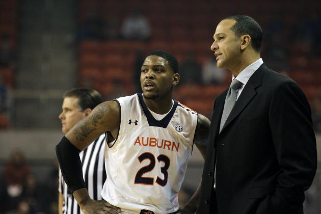 AU HOOPS: Tigers Win SEC Opener for 1st Time in 6 Years