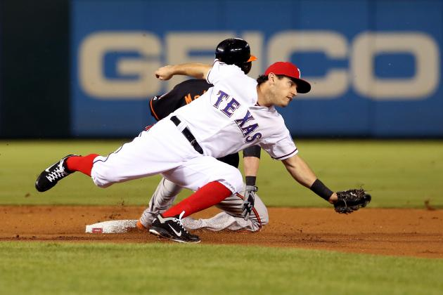 Sources: Texas Kinsler to Stay at 2B