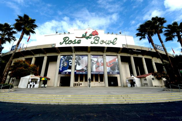 Why Rose Bowl, Not Cotton Bowl, Should Be Hosting CFB's First Playoff Title Game