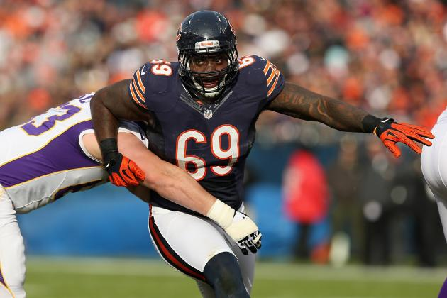 Chicago Bears: Henry Melton, Not Urlacher, Should Be Bigger Free-Agent Priority