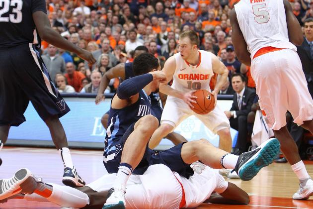 Late Surge Lifts Syracuse over Nova