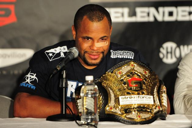 Daniel Cormier Calls Out UFC Champion Jon Jones: