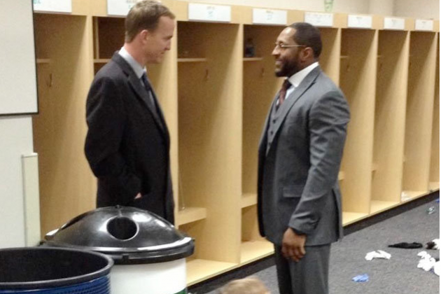 Peyton Manning, Family Wait to Congratulate Ray Lewis After Baltimore's Victory