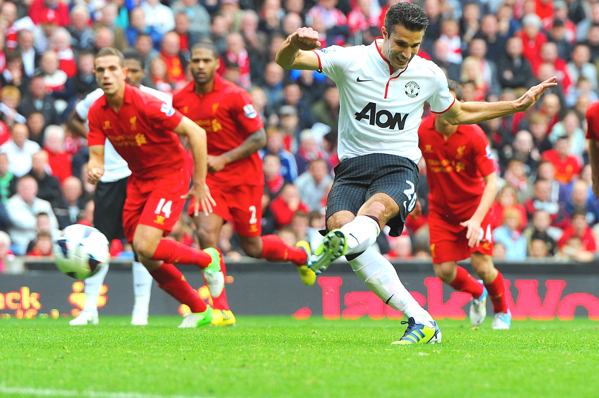 Manchester United 2-1 Liverpool: Van Persie Scores Again as United Beat Reds