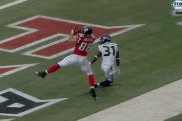 Tony Gonzalez Hauls in Sick Toe-Tap Touchdown