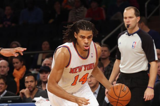 Melo's Big Second Quarter Helps Knicks End Skid