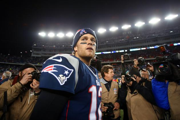 Tom Brady, Patriots Offense, Soar Despite Losing Gronkowski for the Season