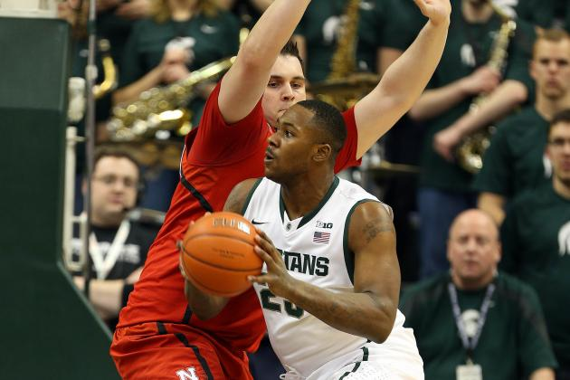 Michigan State 66, Nebraska 56: Spartans Survive Branden Dawson Knee Scare