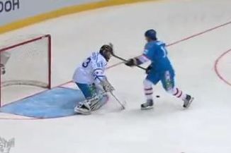 Incredible Shootout Goal from KHL