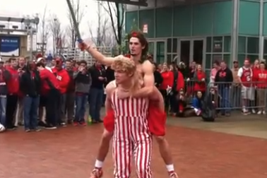 VIDEO: NC State Fan Gives Braveheart-Esque Pregame Speech