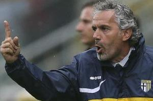 Donadoni Won't Rule out Milan Move