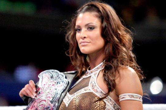 WWE News: Eve Torres Expected to Part Ways with WWE Tonight