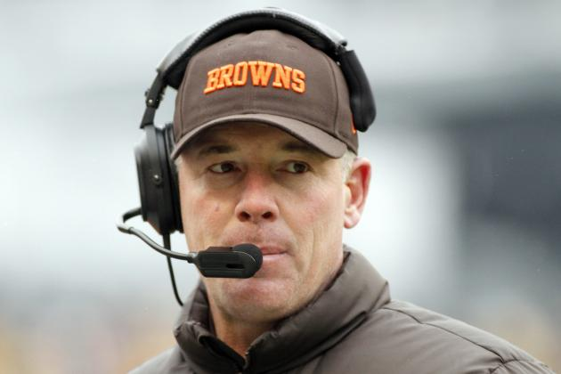 Panthers Interviewing Ex-Browns Coach Pat Shurmur for OC Position