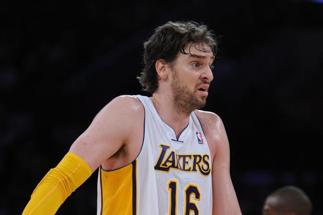 Los Angeles Lakers Must Use Pau Gasol as a Playmaker, Not as a Novelty