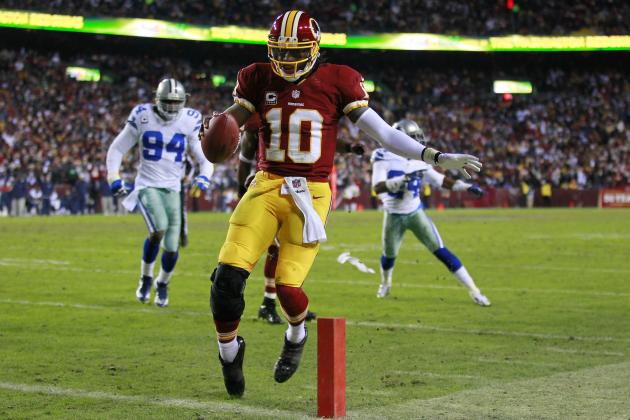 NFL: RGIII Named Rookie of the Year by Pro Football Writers