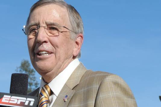 Musburger 'Smokin' Comment in College Basketball Telecast Causing Stir