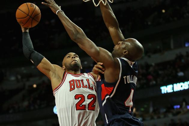 Taj Gibson Throws It Down All over Anthony Tolliver (VIDEO)