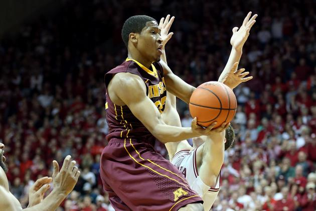 Gophers Slip to No. 9 in AP Poll