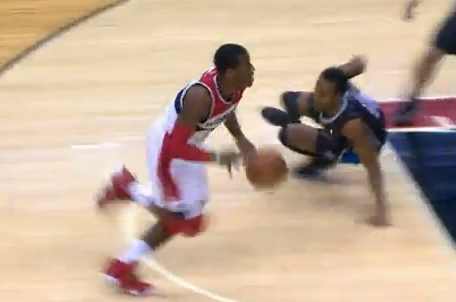 John Wall and Ish Smith Got Silly with It, Pulled off Two Sick Moves in 1 Game