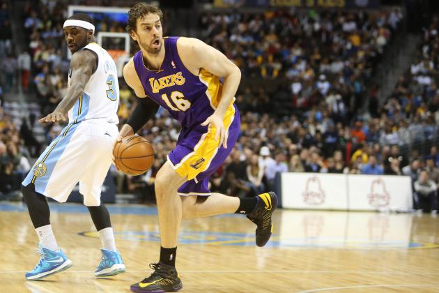 Pau Gasol Injury: Earl Clark's Emergence Shouldn't Affect Star Forward's Role