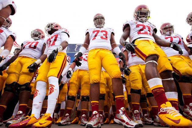Report: 10 to 15 USC Football Players Involved in Locker-Room Altercation