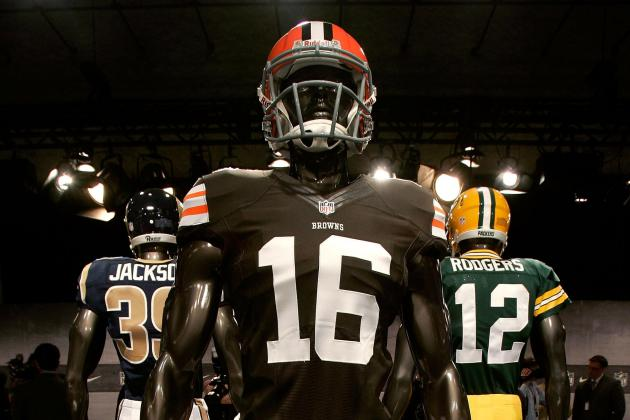 Debate: Should Cleveland Get New Uniforms or Stick with Tradition?