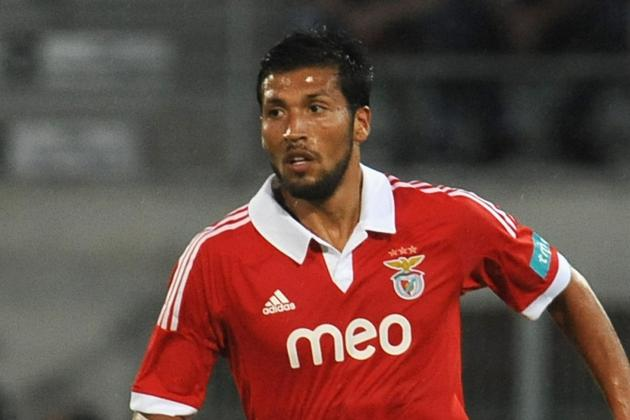 Manchester United Transfer News: Ezequiel Garay Tracked by Man United