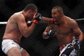 Dan Henderson: 'I Know If I Fought (Jon) Jones, I'd Knock Him on His Ass'