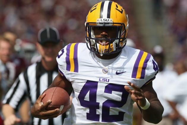 Michael Ford Should Have Returned to LSU Instead of Entering 2013 NFL Draft