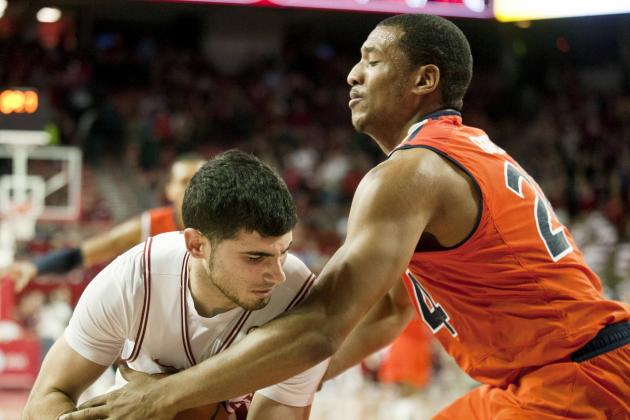 WholeHogSports: Arkansas Downs Auburn in Double OT