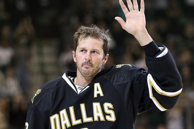 Stars Officially Hire Modano, Turco