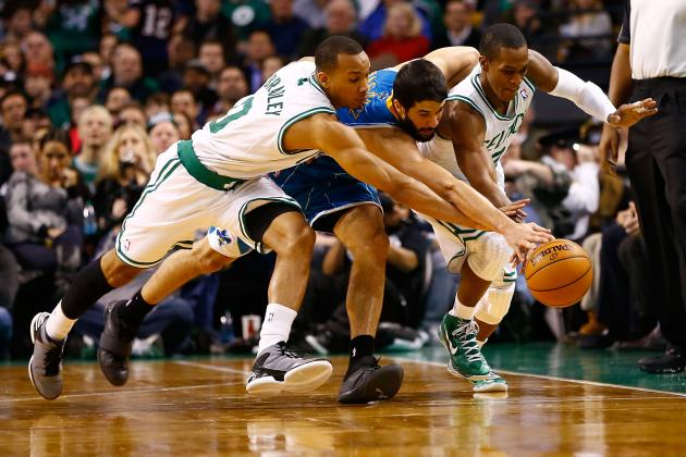 Avery Bradley Hurts Ribs, May Miss Some Time