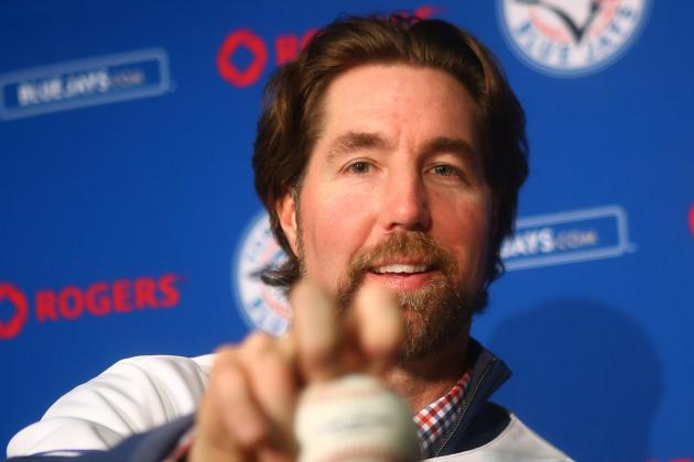 New Batterymates Dickey, Arencibia to Play for US