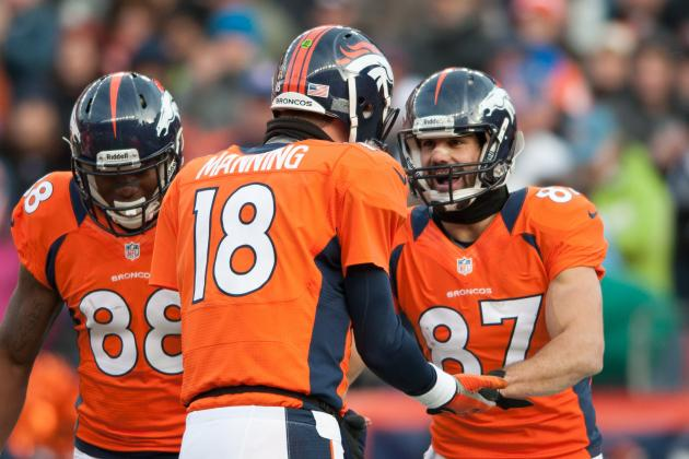 Decker Says Peyton Was on Board with Taking a Knee