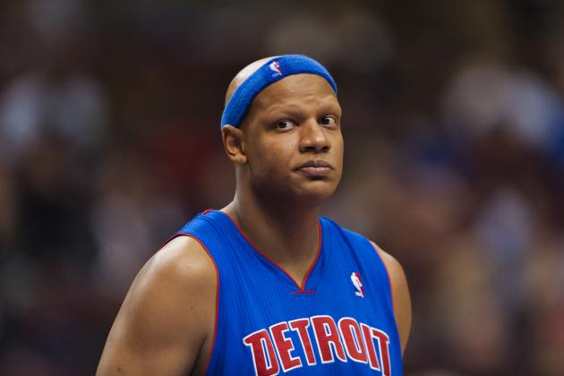 What Should Detroit Pistons Do with Austin Daye and Charlie Villanueva?