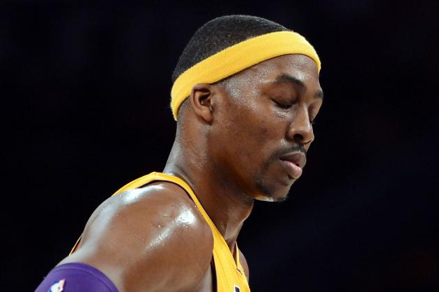 Dwight Howard Airballs a Critical Free Throw
