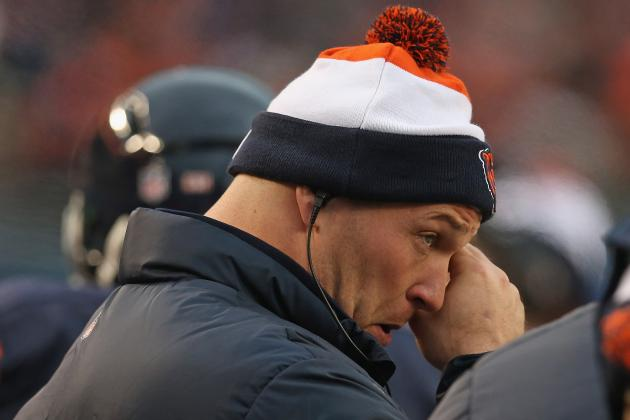 Brian Urlacher's Future in Chicago Unclear