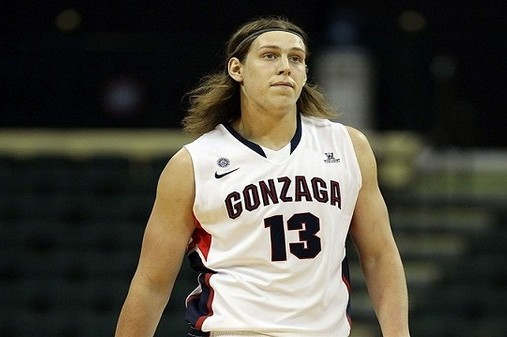 PHOTO: Long Hair of Gonzaga Basketball Star Kelly Olynyk