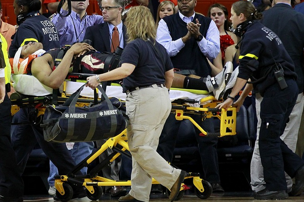 Seminoles' Terrance Shannon Carried off Court on Stretcher