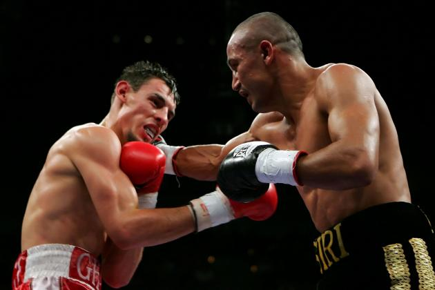 Mikey Garcia Dominates Orlando Salido to Win Featherweight Title by Decision
