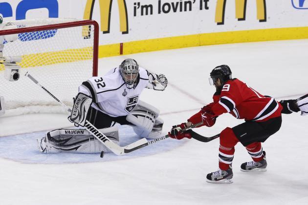 Devils beat Islanders in opener