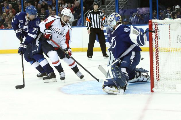 Tampa Bay Lightning's Lindback Debuts with Stand-Up Job