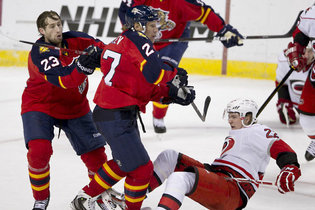Florida Panthers' Alex Kovalev Shows He's Still Got It in Debut