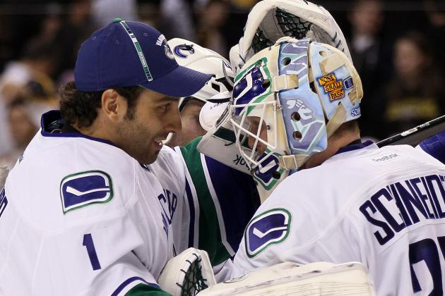 Roberto Luongo In, Cory Schneider out in Canucks' Opening-Night Flop