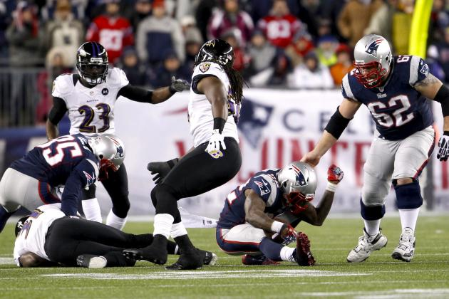 Stevan Ridley Knocked Out Cold in Collision with Bernard Pollard